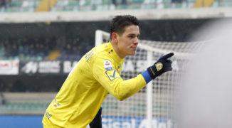 Jaka przyszłość czeka Stępińskiego i Jaroszyńskiego po spadku Chievo?