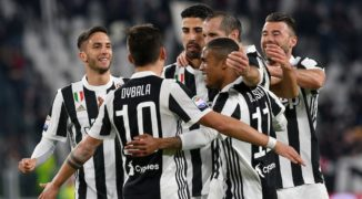 Juventus pokonuje Milan w hicie Serie A