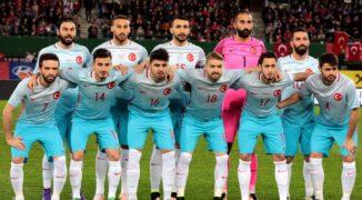 Turcja wyrzuca Czechów z Francji i sama pakuje walizki