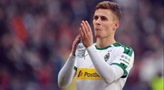 Pustka po Hazardzie. Borussia wciąż szuka następcy Belga