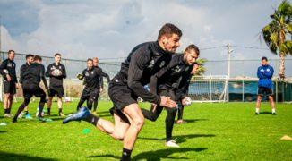 Czy ŁKS ma szansę walczyć w PKO Ekstraklasie bez napastnika?