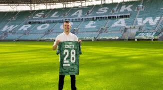 Kaczki transferowe: głośne transfery w PKO Ekstraklasie. Niespodziewany powrót Wilczka do Danii