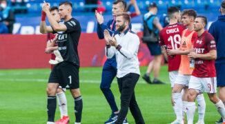 Kłopoty w Wiśle Kraków! Czy klub ponownie stoczy walkę o utrzymanie?