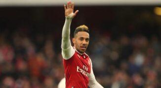 Arsenal za sprawą Aubameyanga oraz Saki pozostaje w Lidze Europy