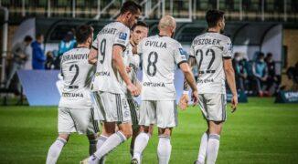 Legia w lidze z wiatrem w żaglach