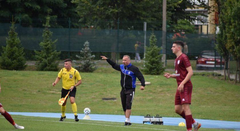 """Tomasz Kulhawik: """"Nadal marzy mi się, aby być trenerem od A do Z, a nie tylko animatorem piłki"""" (WYWIAD)"""