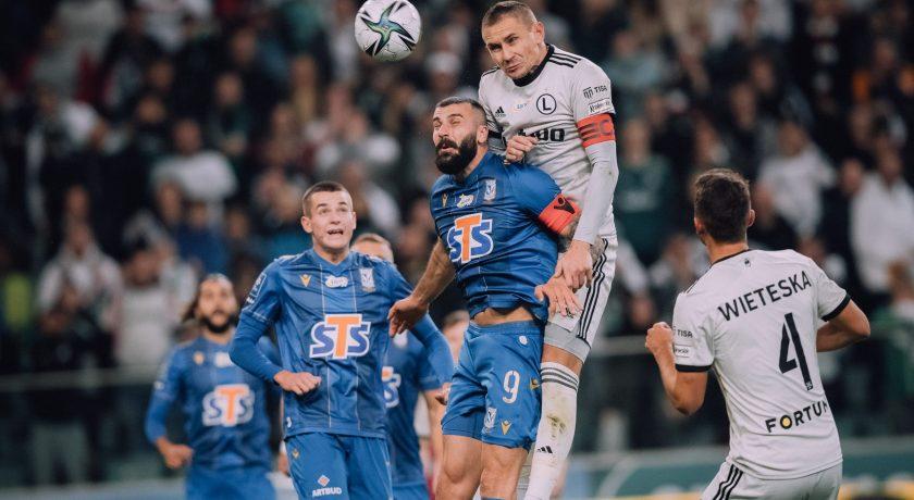 Legia Warszawa po raz kolejny w tym sezonie zawiodła swoich kibiców…