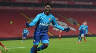 Dlaczego Arsenal powinien zdecydowanie postawić na młodych graczy?